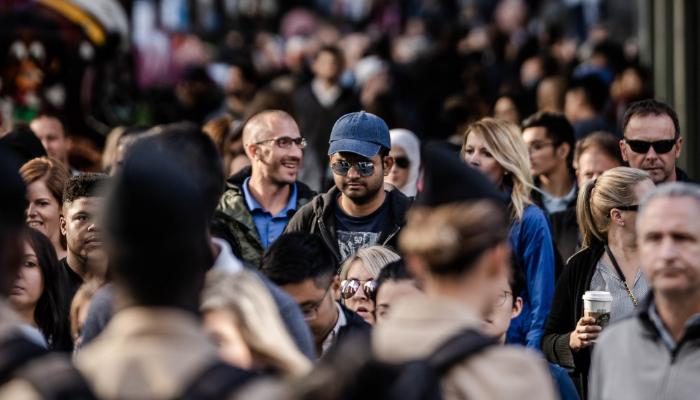 Bernafon: Menschenmenge