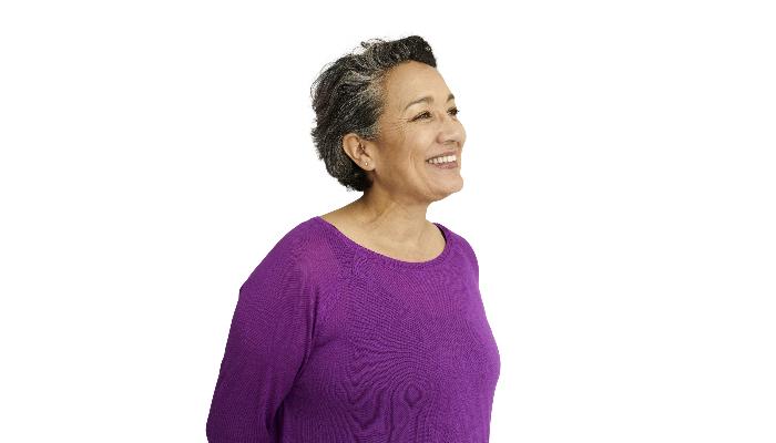Interton: Frau mit Hinter-Dem-Ohr-Hörgerät