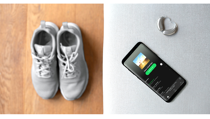 Phonak: Handy, Schuhe, Winkelhörgerät