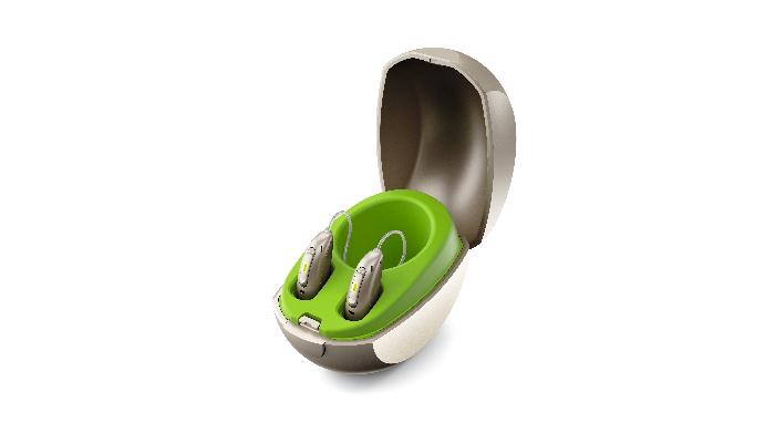 Phonak: Mini-Ladestation für Hörgeräte mit eingesteckten Hörgeräten