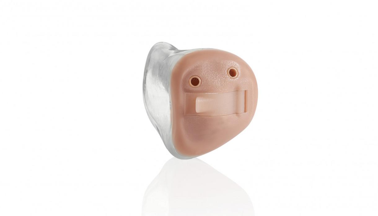 Starkey: Ein Starkey Muse Im-Ohr-Hörgerät mit zwei Mikrofonen