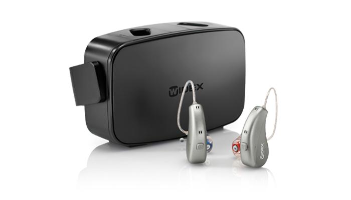 Widex: Zwei Hörgeräte mit Ladestation