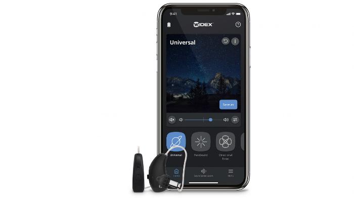 Widex: Smartphone mit Widex Moment App und Hörgeräten